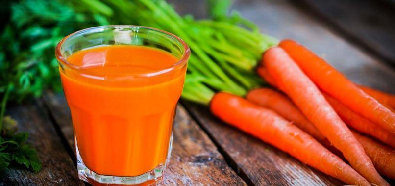 10 powodów dlaczego warto pić sok zmarchewki